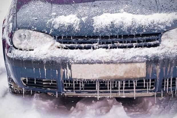 Хитрости, которые позволят завести машину даже в лютый мороз