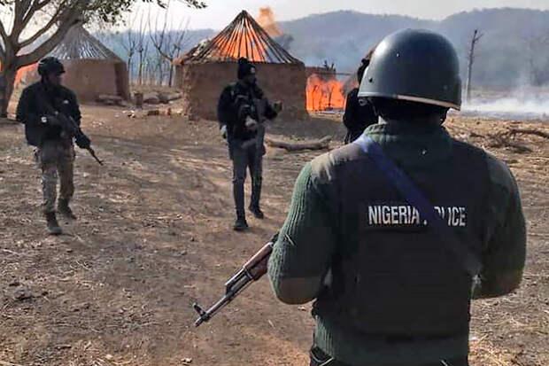 В Нигерии боевики напали на школу-интернат