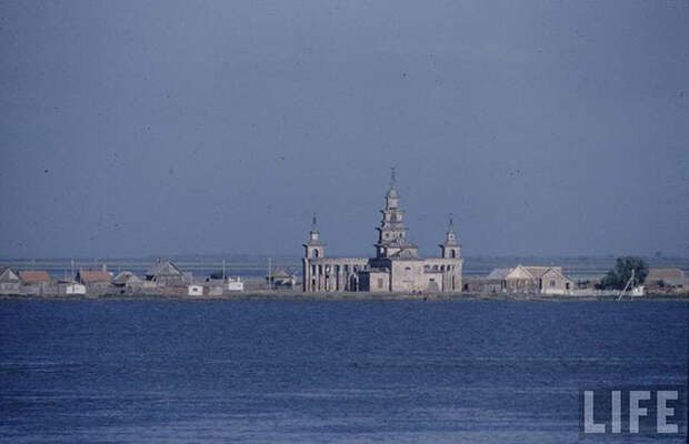 Цветные фотографии России от Москвы до Астрахани 1958 года