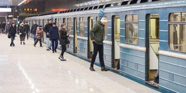 Урны, лавки, стойки SOS: около 1 тыс. элементов пассажирской инфраструктуры установят на станциях МЦД