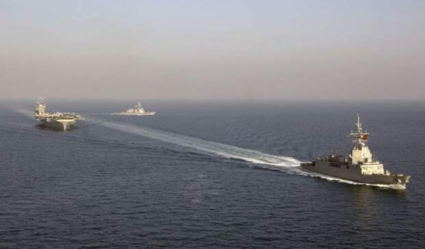 Корабли НАТО устроили маневры уместорождения, питающего Крым газом