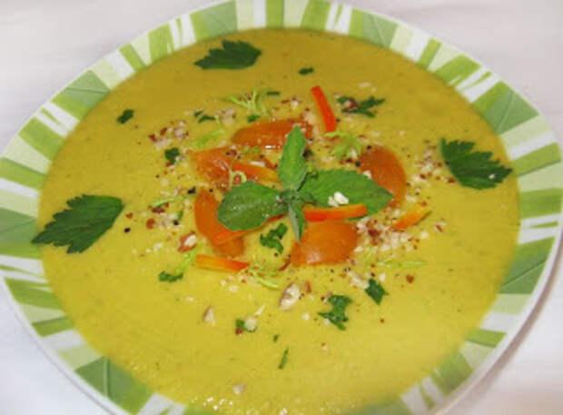 Три рецепта холодного супа *Гаспачо*