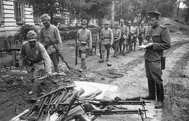 На каких условиях Сталин обещал США начать войну с Японией в 1945 году