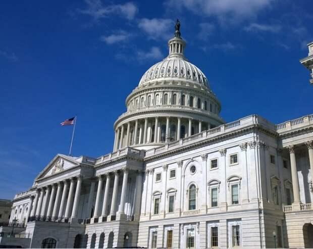 Байден утвердил повышение потолка госдолга США