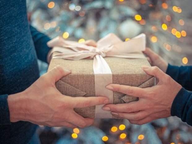 Подарки с плохой энергетикой, которые не стоит дарить