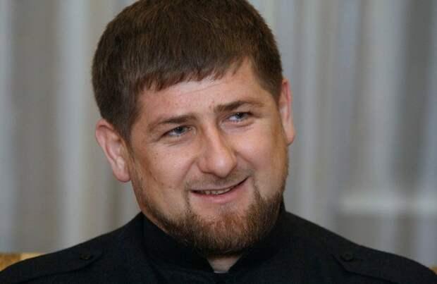 Кадыров собрал для Путина многотысячный чеченский добровольческий «спецотряд»