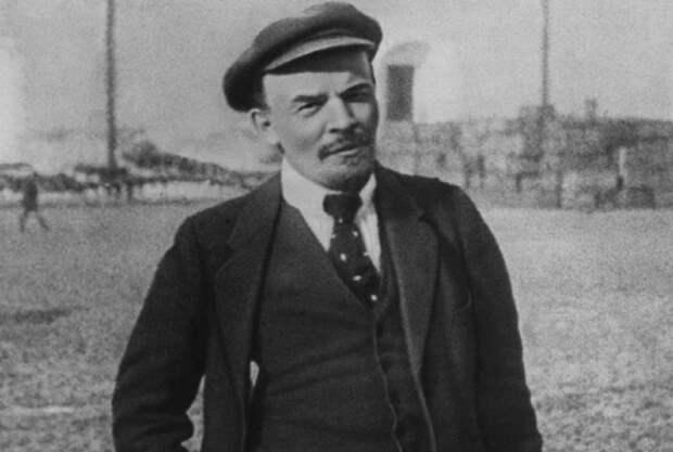 Какое название для СССР изначально придумал Ленин