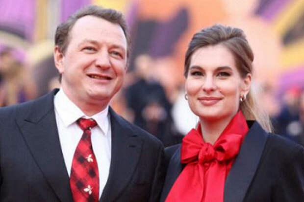 «Башаров даренное непродает!»: актер возмущен слухами опродаже квартиры экс-супруги