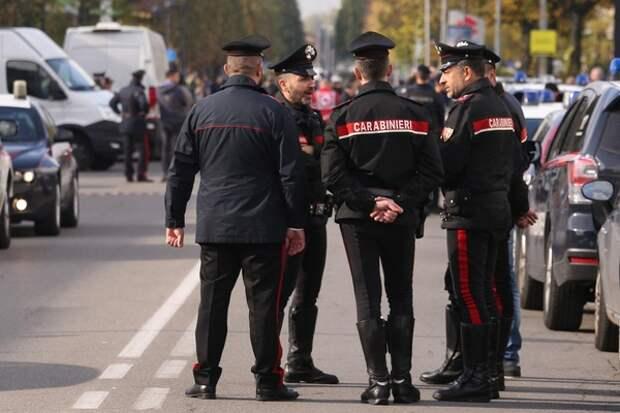 В Италии осуждённый на 19 лет преступник захватил заложников