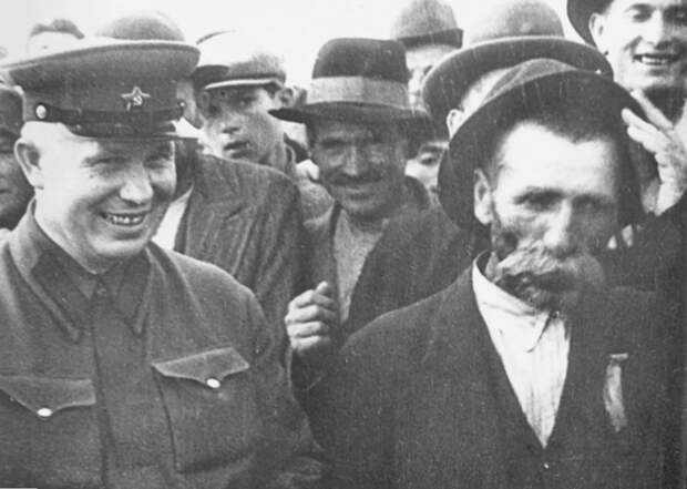 Освобождение Бессарабии и присоединение Северной Буковины к СССР. Бессарабская операция.
