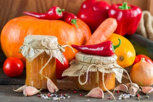 Томатная паста с луком, морковью и перцем