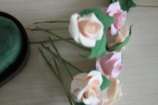 Лепка из полимерной глины: восхитительное сердце из роз (2/2)