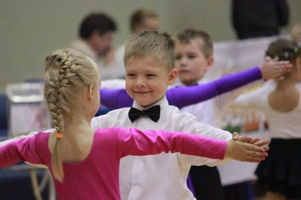Онлайн-занятие студии бальных танцев ЦДС «Олимп» пройдёт 11 июня