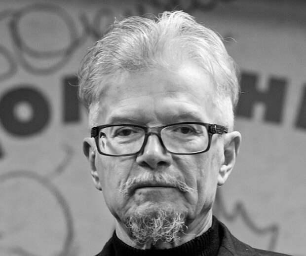 Почему Андропов лишил Эдуарда Лимонова гражданства СССР