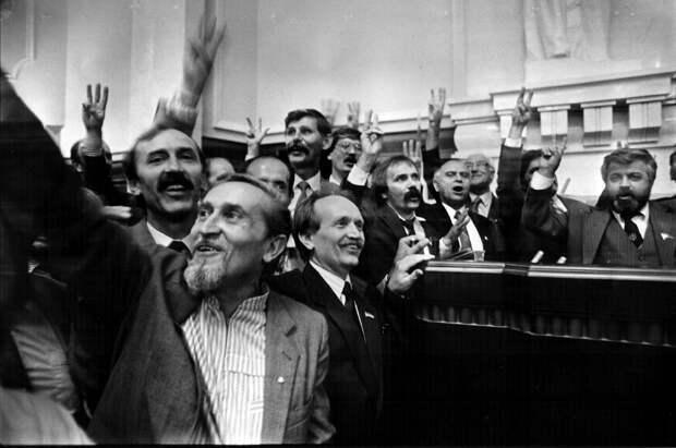 Крым использовал те же основания уйти, как и Украина в 1991 г