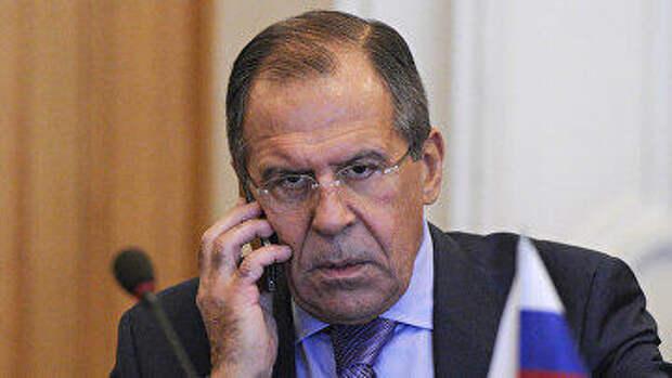 К счастью, Путин понимает, что Соединенными Штатами управляет идиот с интеллектуальными способностями картофелины