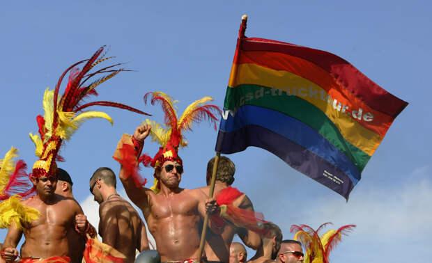 Защита нормальных семей – это не гомофобия: психолог о важности здорового общества