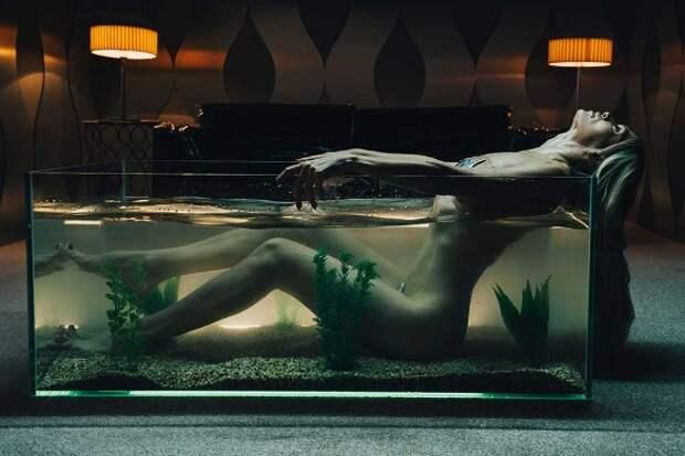 Сексуально извивающуюся Брежневу засняли без белья