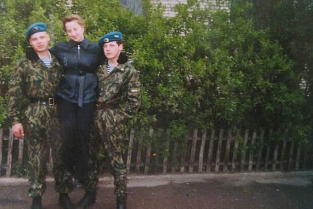 Фото из семейного архива. Александр Коротеев слева