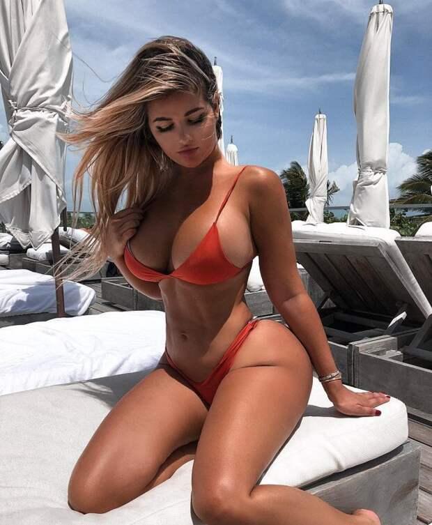 Папарацци поймали русскую Ким Кардашьян на пляже, но снимки не фотошопили — мелкая обманщица