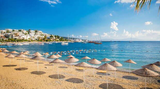 Спрос россиян на курорты Турции удовлетворят только чартеры, заявила эксперт