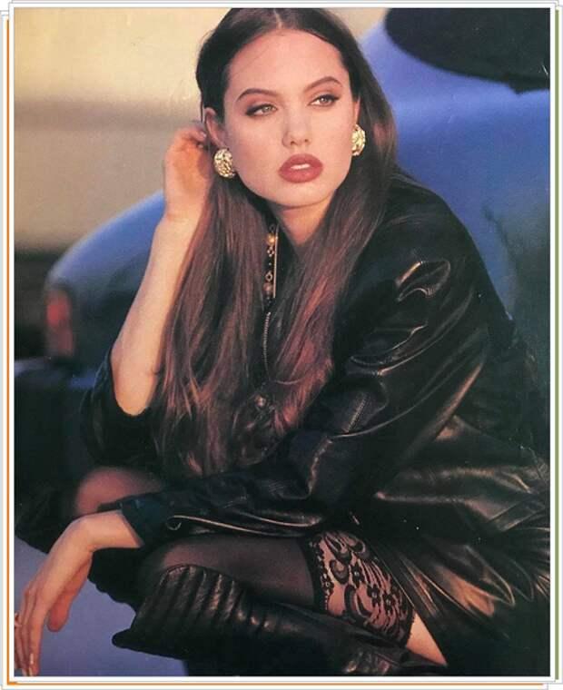 Подборка самых горячих красоток из 90-х.