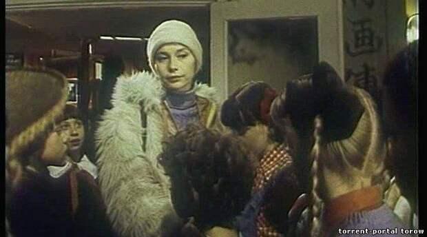 """Душевный советский фильм """"4:0 в пользу Танечки""""."""