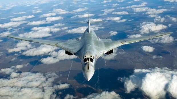 Модернизированный бомбардировщик Ту-160 совершил первый полет с новыми двигателями