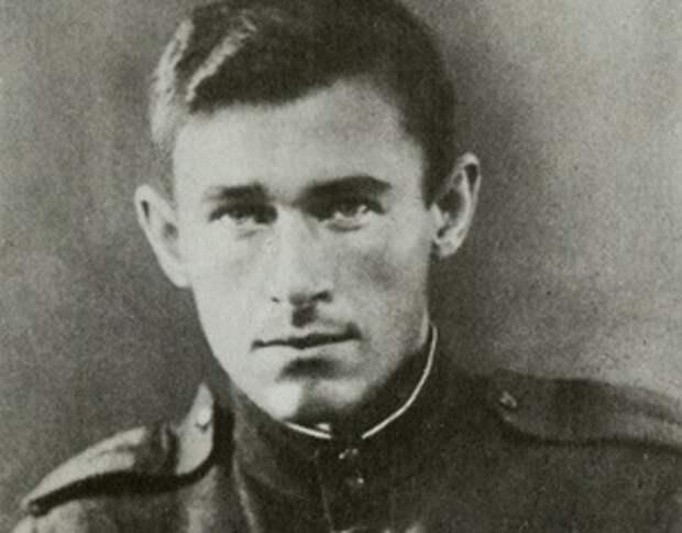 Филипп Бобков: кого генерал КГБ называл главным виновным в развале СССР