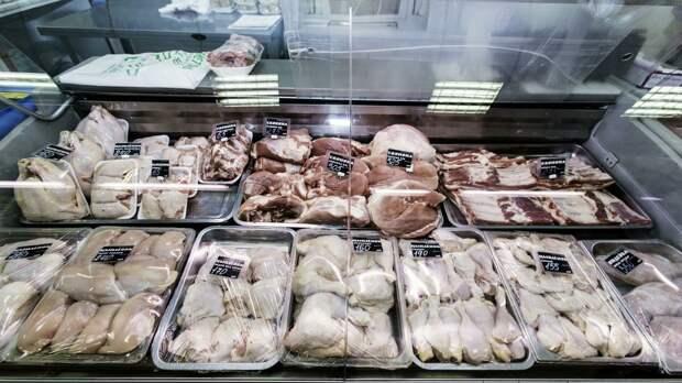 """""""Ножки Буша"""" вкусны и наваристы: США хотят возобновить поставки куриного мяса в Россию"""