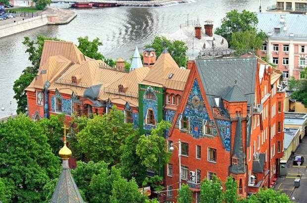 Тайны дома-сказки в центре Москвы