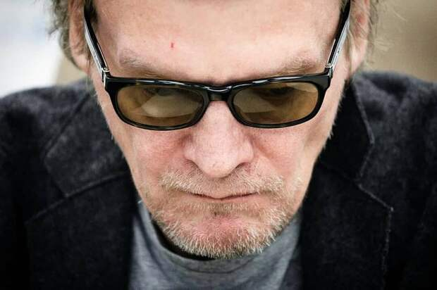 Алексей Серебряков переехал из Канады в Россию