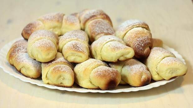 Кифлице соленые с творогом и сладкие с повидлом от Николы Радишича