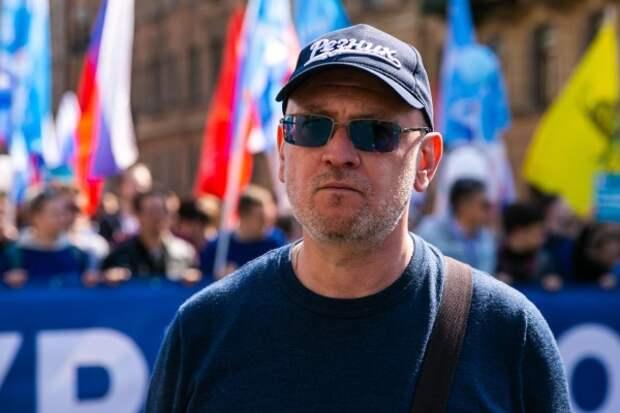 В Петербурге по делу о наркотиках задержан оппозиционный депутат
