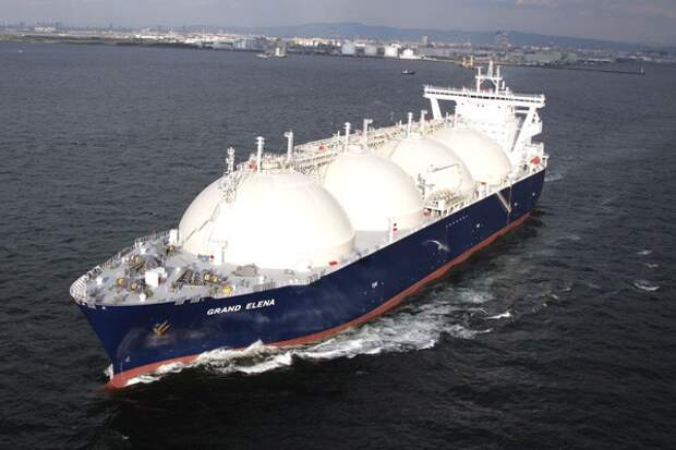 Евросоюз потребовал от США поставлять топливо в рамках трансатлантической ЗСТ