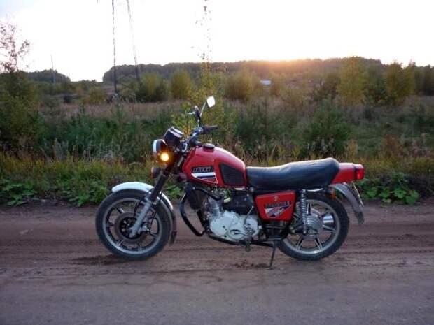Последняя модификация известного советского мотоцикла, который свет не увидел. /Фото: bikepost.ru