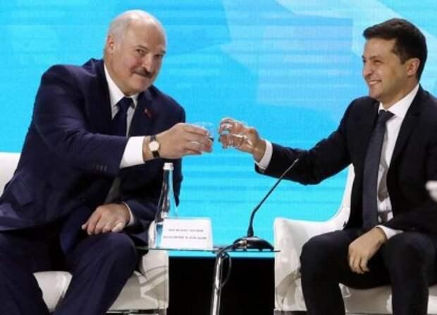 Киев указал Лукашенко на его место после слов о Зеленском
