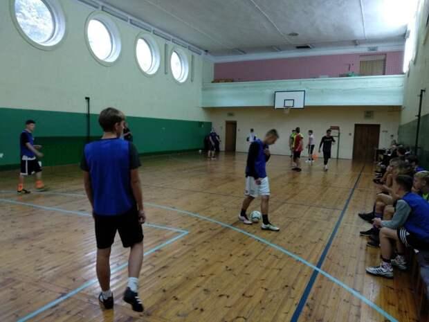 Товарищеская встреча по мини-футболу прошла в Бобруйске.