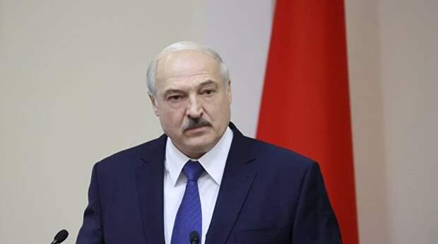 Лукашенко пытается сохранить «многовекторность»