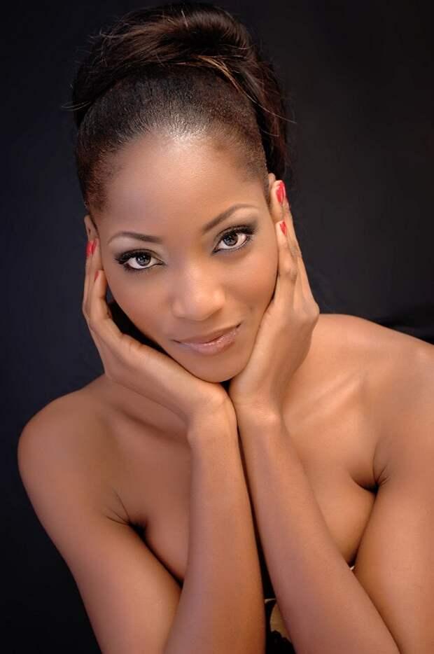 нигерийка Sylvia Nduka фото