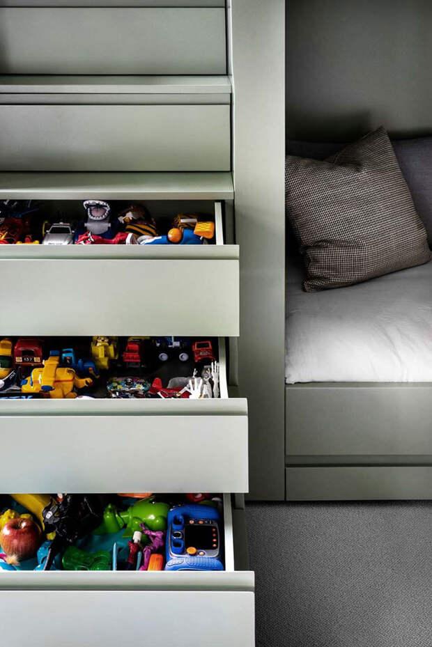 Темные оттенки в дизайне элегантных апартаментов в Лондоне