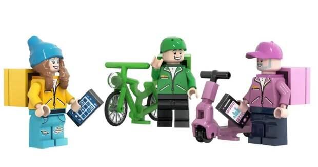 Delivery Club предложил LEGO добавить в конструкторы фигурки курьеров