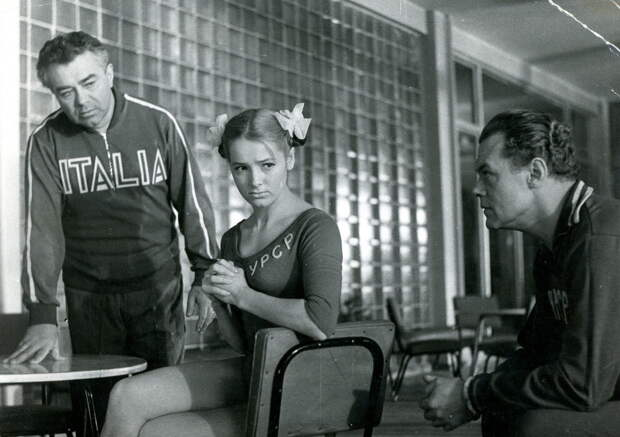 Как выглядит сейчас красавица гимнастка из спортивной драмы «Серебряный тренер»