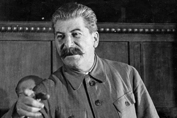 О стиле работы Сталина – «Болтунов не любил, работал круглые сутки»