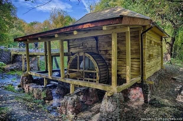 Водяная мельница Колодежное (фото взято с vmulder.livejournal.com)