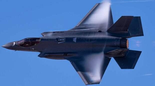 Пентагон официально лишил Турцию F-35 из-за покупки C-400