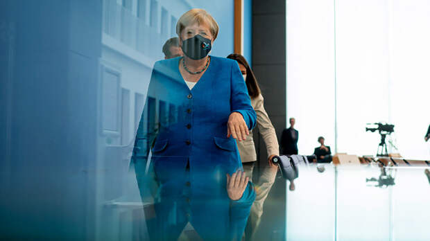 """Навальный надышался газом – Меркель убивает """"Северный поток – 2"""""""