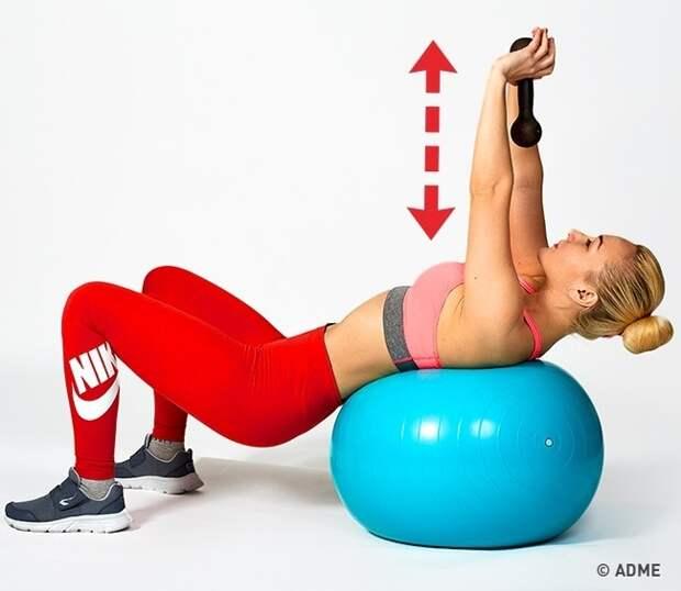 7 простейших упражнений для красивой и подтянутой груди