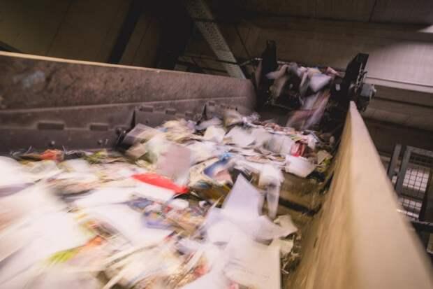 ВМоскве тестируют робота-сортировщика мусора