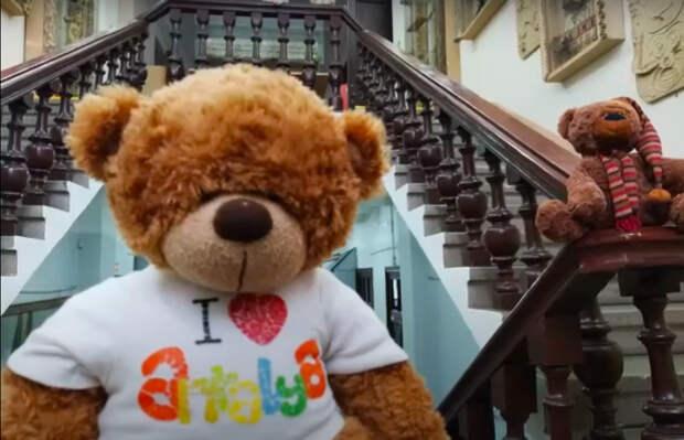 История игрушек: в музее-заповеднике Сарапула провели экскурсию для плюшевых медведей